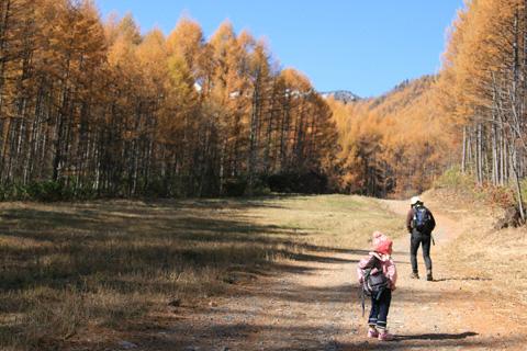 登る真紀さんと瑞雪