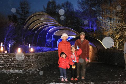 石の教会と家族