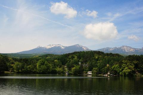 松原湖と八ヶ岳