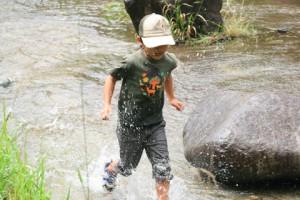 川を走る恒太