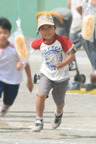パン食い競争の恒太