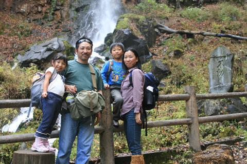 千ヶ滝で記念撮影