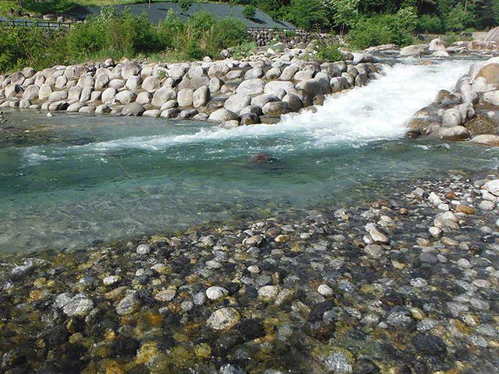 大田切川の流れ